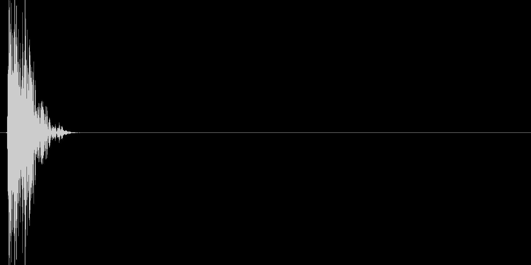 ドゴッ(打撃、殴る、ダメージ)の未再生の波形