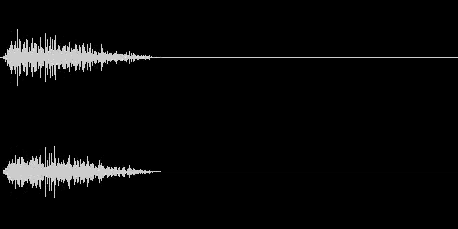 ビュンッ 斬撃音の未再生の波形