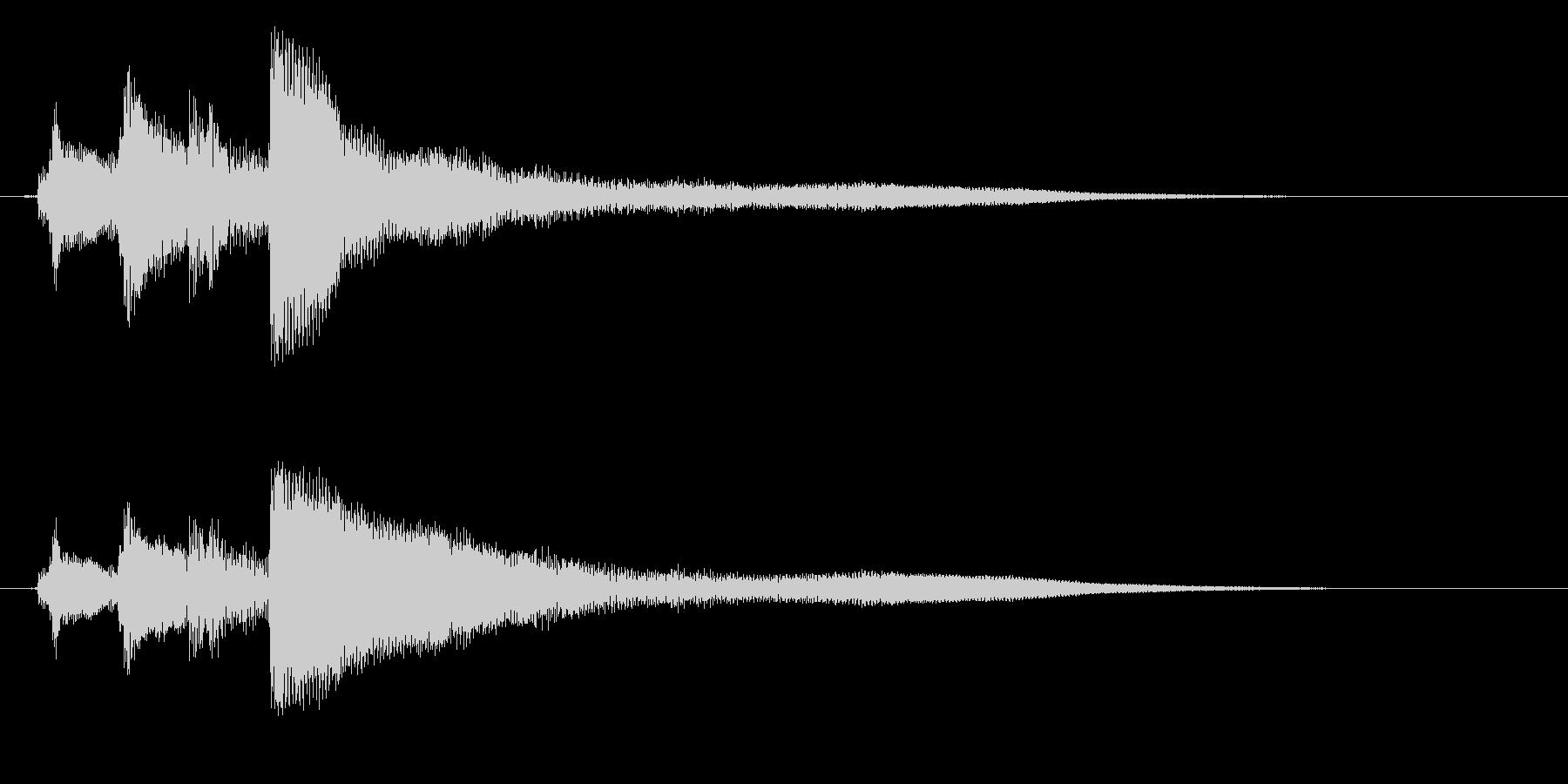 生ピアノで奏でる清々しい下り分散和音の未再生の波形