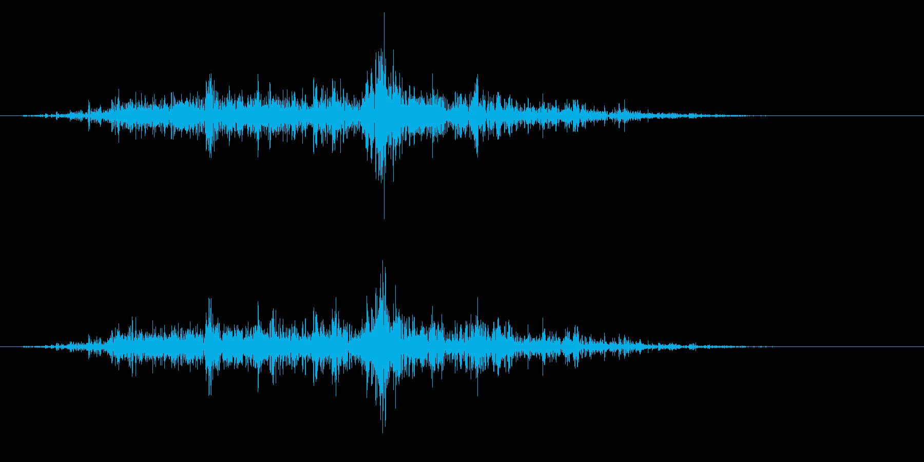 ガラガラ_崩れる音_04の再生済みの波形