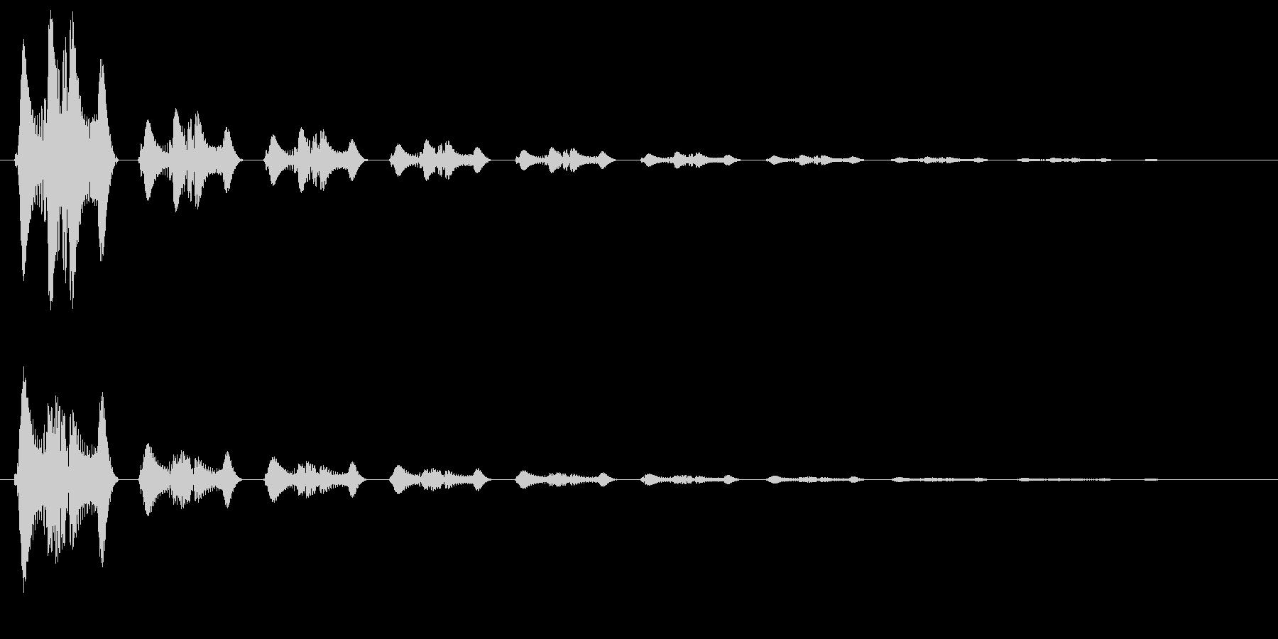 キュピーン(光が弾け飛ぶような決定音)の未再生の波形