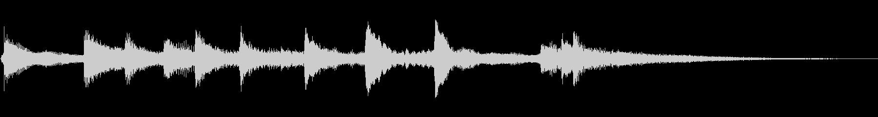 古風で風流な琴でアルペジオ、締めくくりの未再生の波形