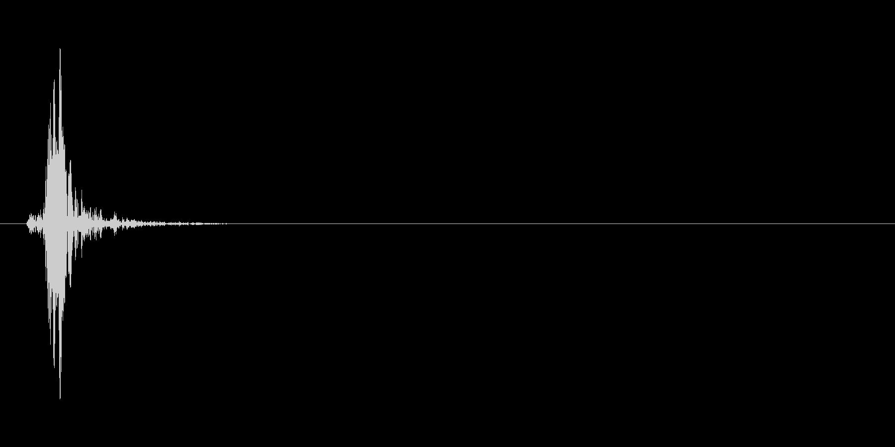 ヒュッ(矢を放つ、高め)の未再生の波形