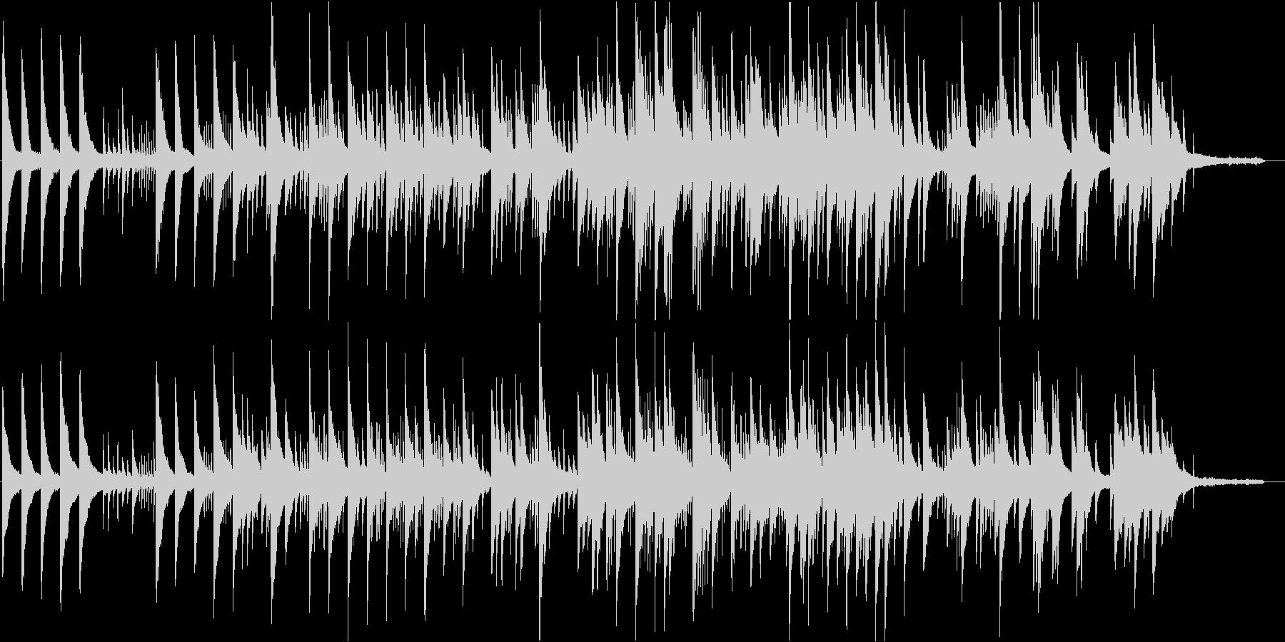 ピアノ音の旋律が重なるオルゴールの様な曲の未再生の波形