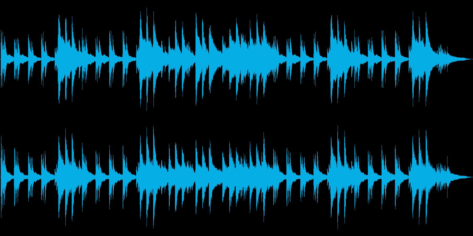 静寂の中で流れる神秘的なピアノの再生済みの波形