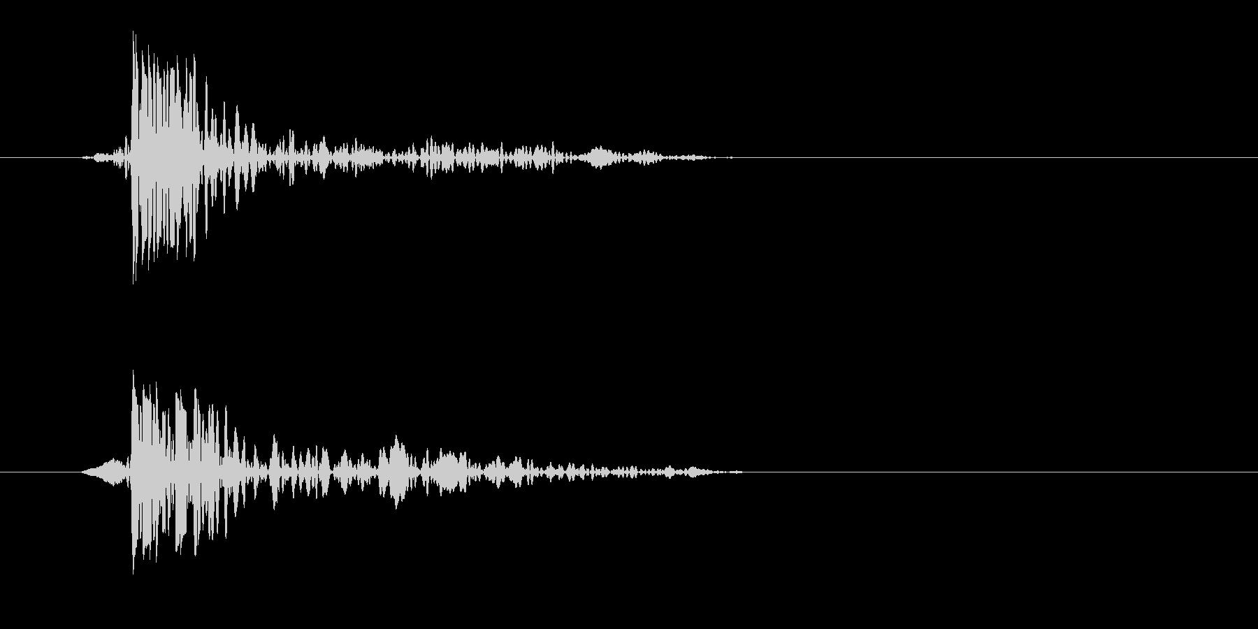 トンッ(落ちる音)シンプルの未再生の波形