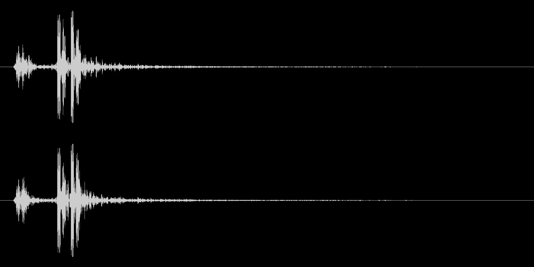 打ち上げ花火(ドドン!)の未再生の波形