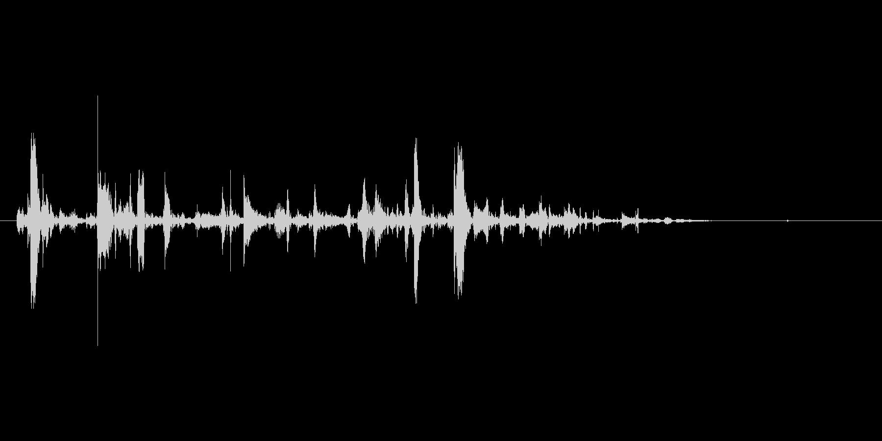 チョロロッ(水、じょうろ、少量)の未再生の波形