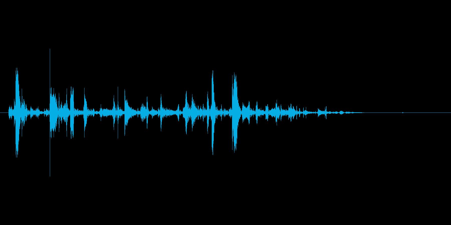 チョロロッ(水、じょうろ、少量)の再生済みの波形
