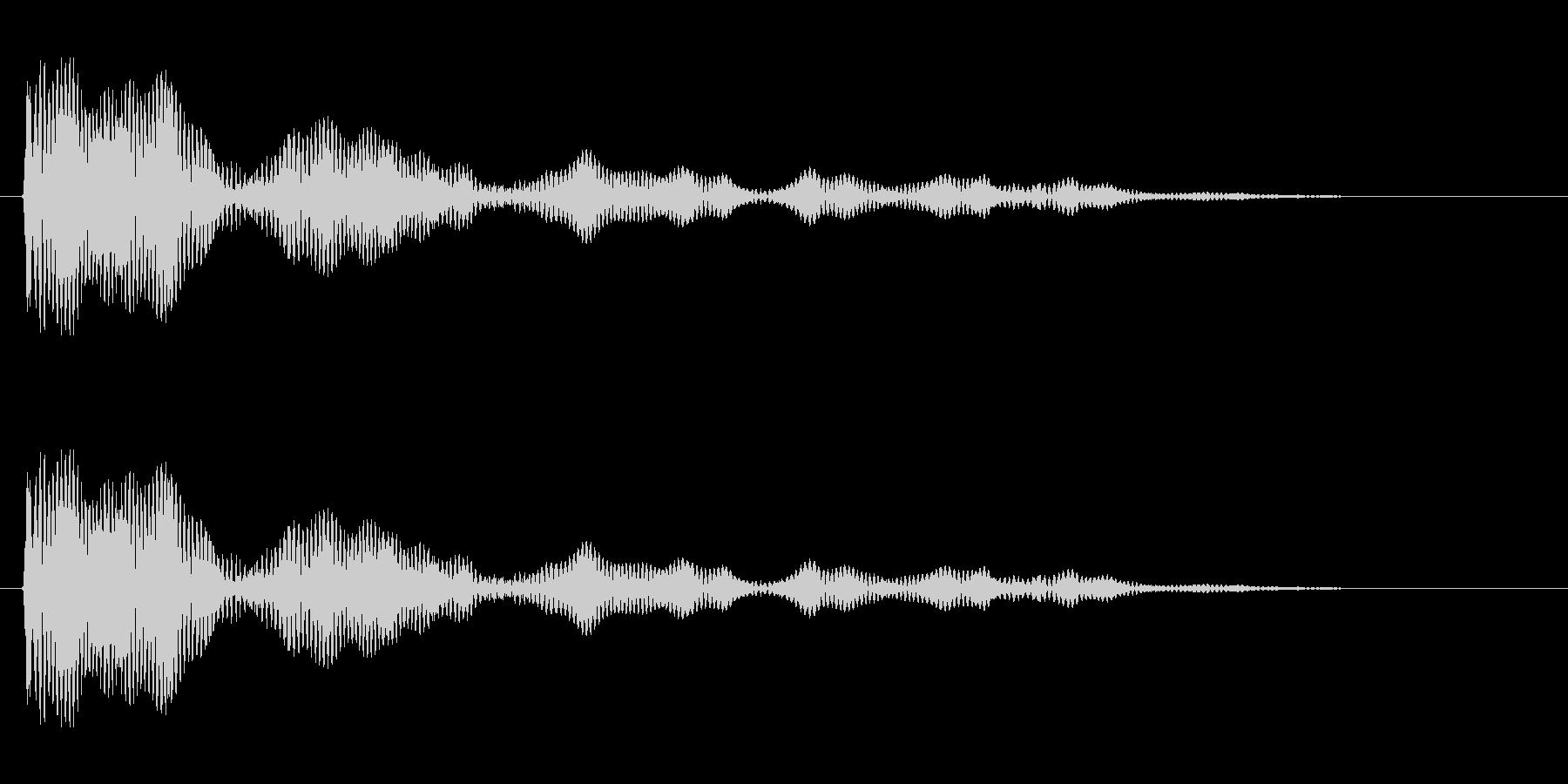 カァワァワァワァ〜ンという金属音の未再生の波形