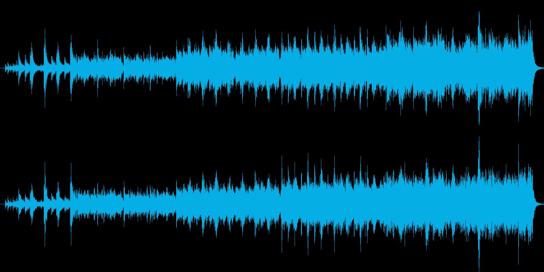 大量の鼓笛隊と行進する壮大なイメージの再生済みの波形