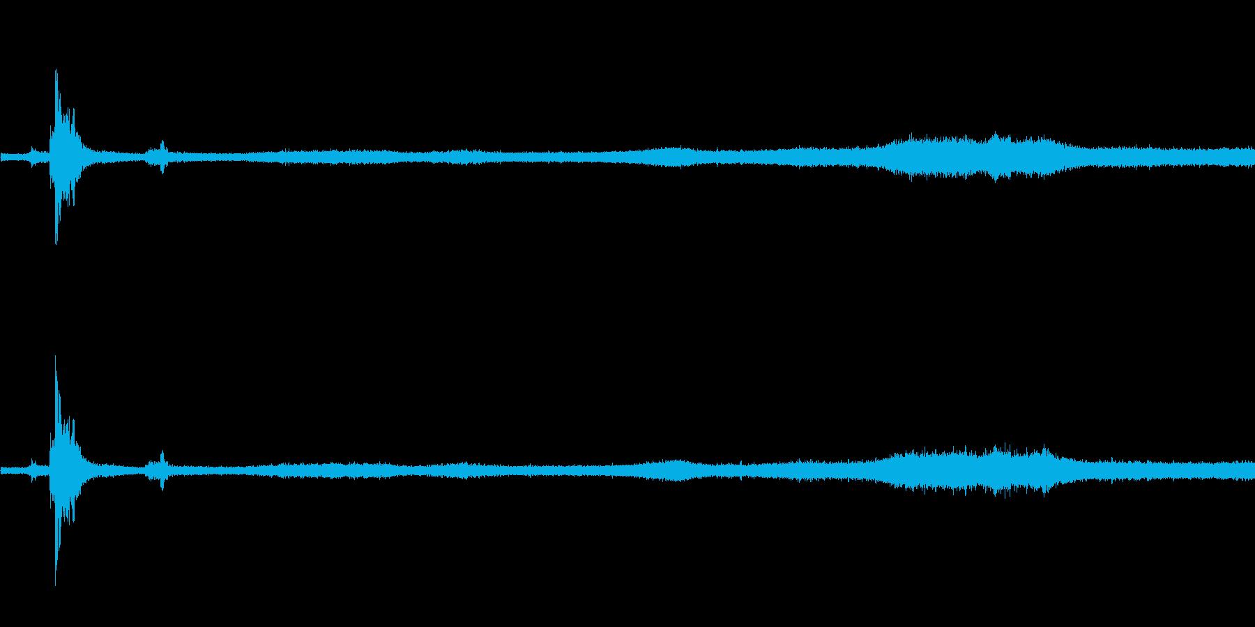 【生音】夏の日の雷雨 - 08 「ざー…の再生済みの波形