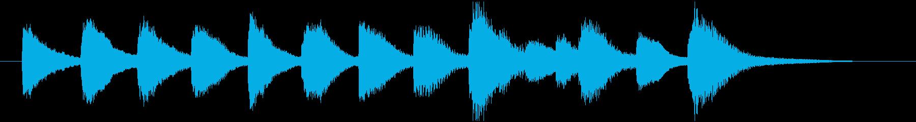 半音階で下がるかわいい場面転換の再生済みの波形