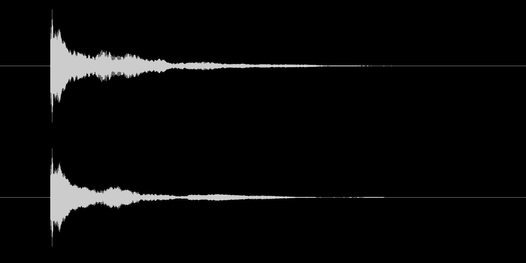 ポーン(物が跳ねる音)の未再生の波形