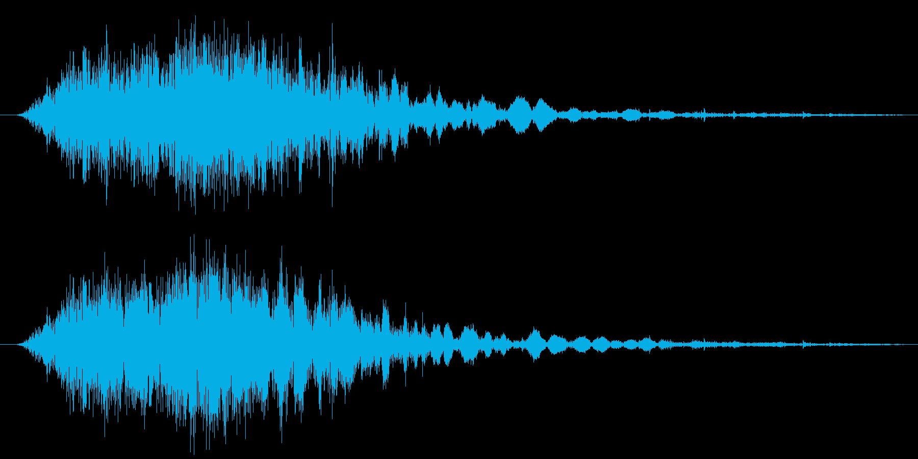 斬撃音(刀や剣で斬る/刺す効果音)07の再生済みの波形
