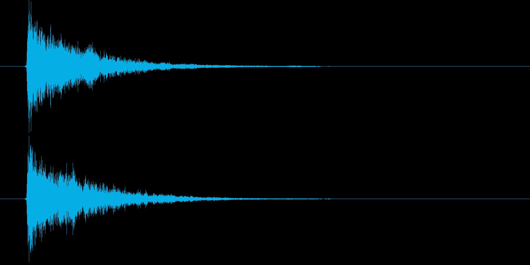 キュアーンという一瞬の音の再生済みの波形