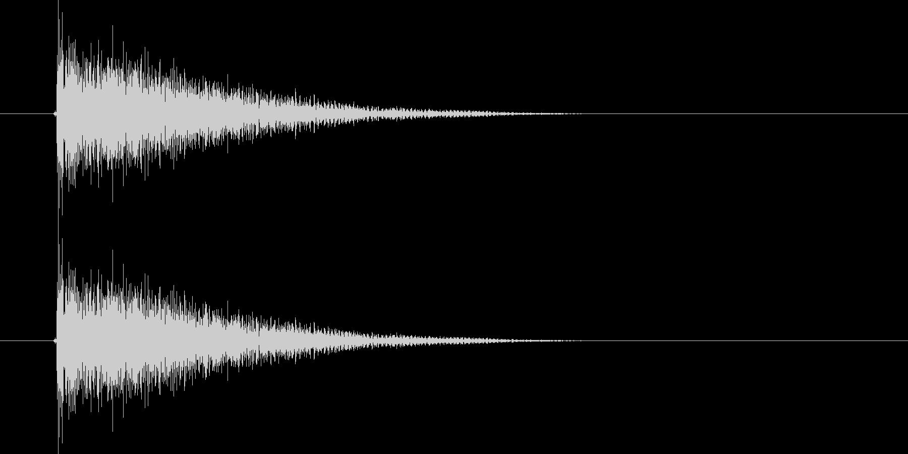 ダダーン!(迫力のある出題音)の未再生の波形