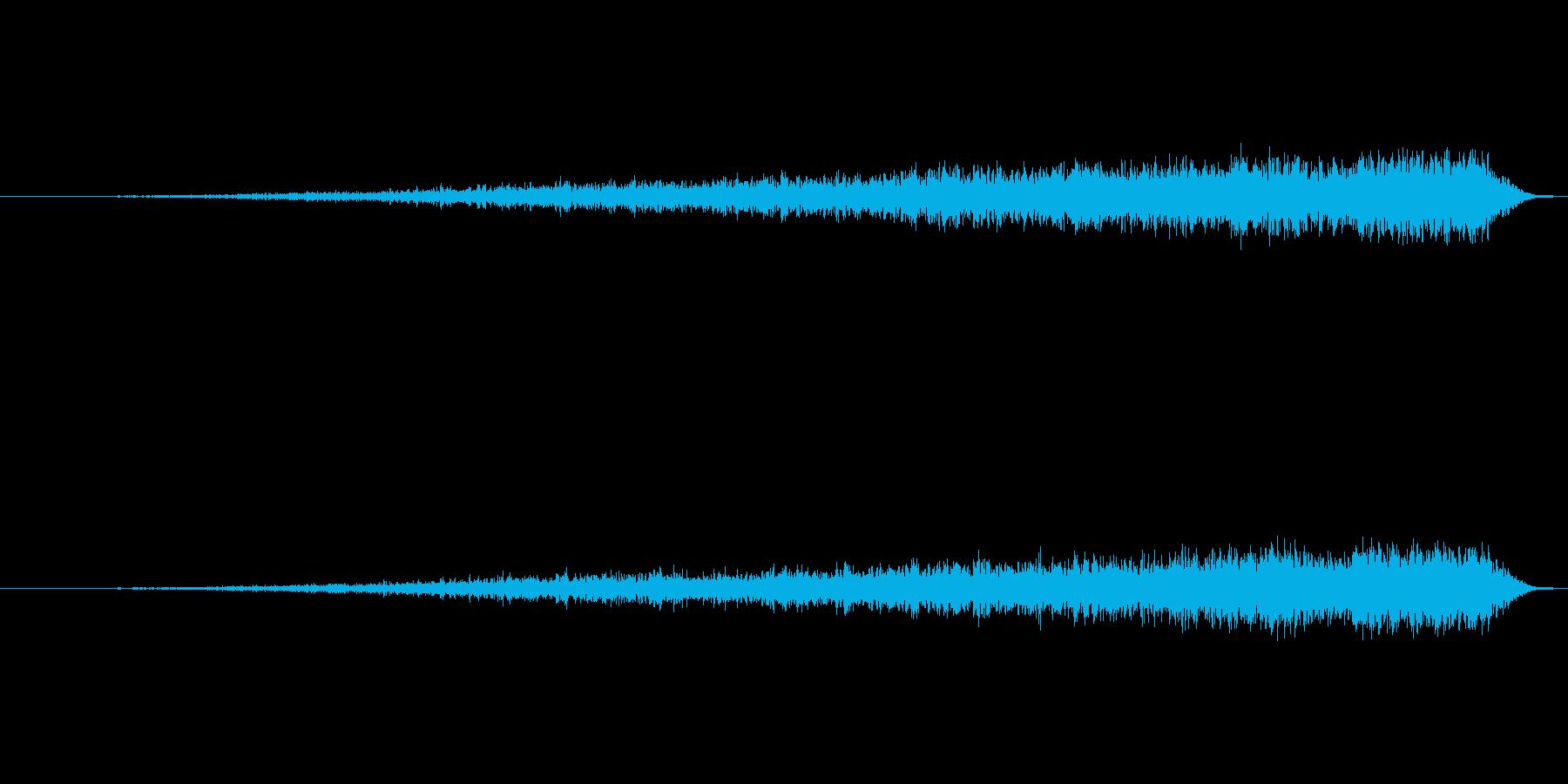 凄い勢いで何かが落ちていく音の再生済みの波形