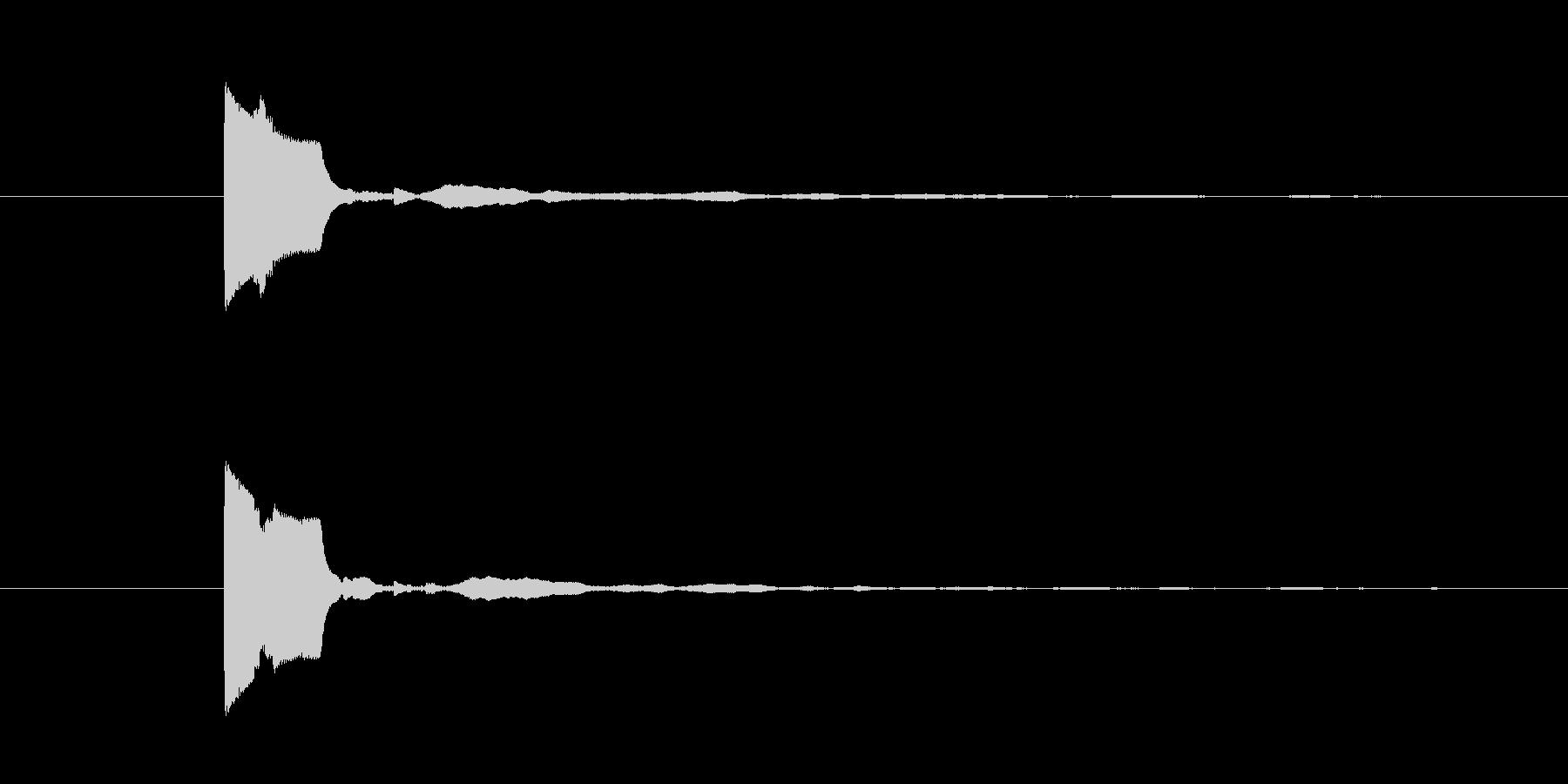 「ピッ」という明るいボタン音の未再生の波形