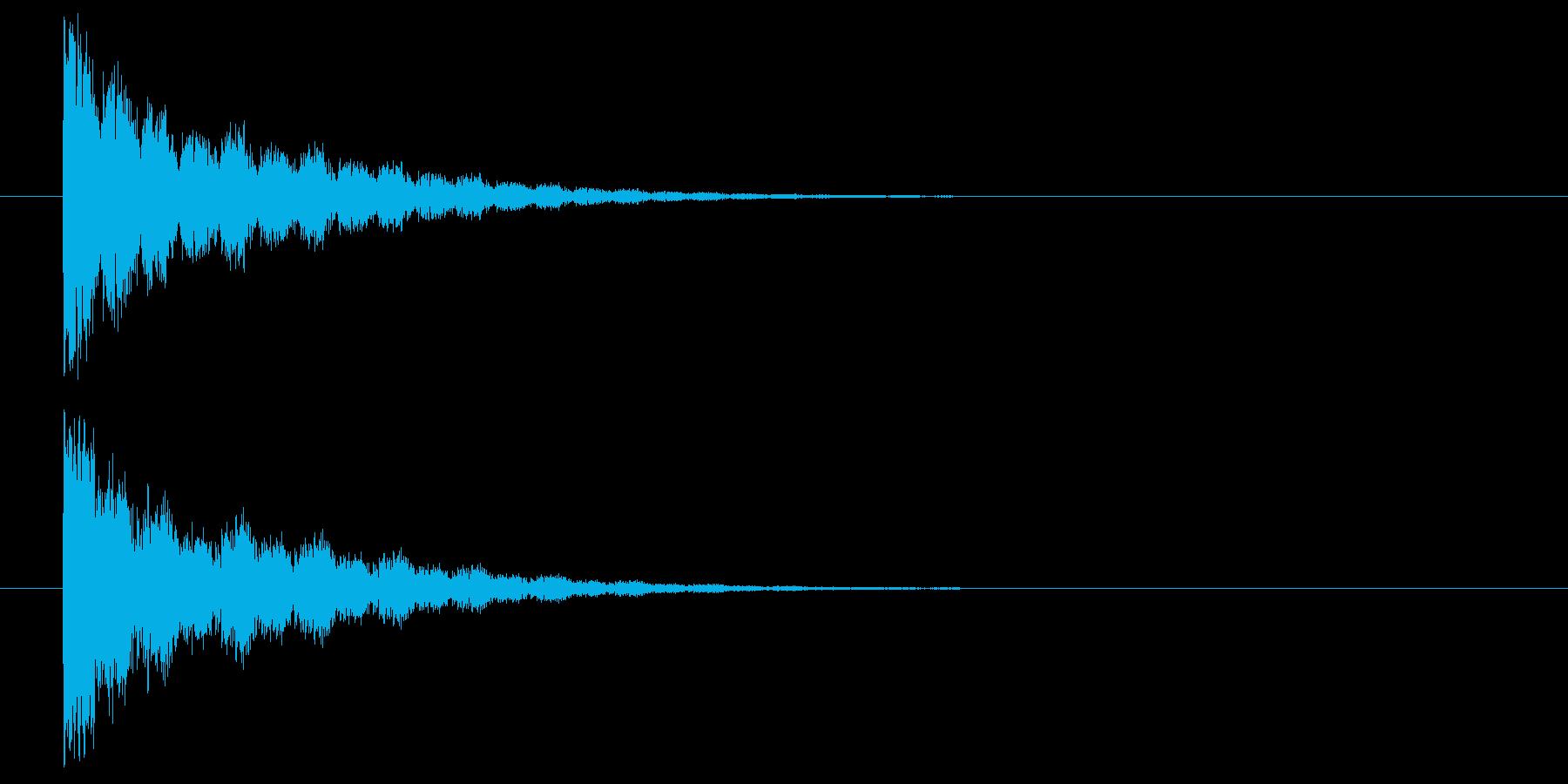 鋭いビーム発射の再生済みの波形
