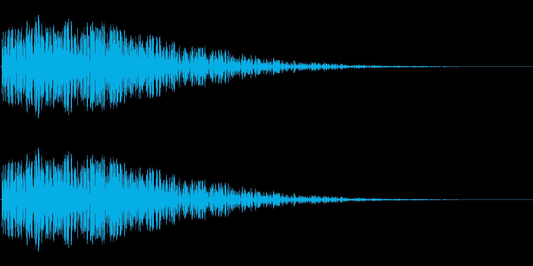 昭和の特撮にありそうな衝撃音(ドン)の再生済みの波形