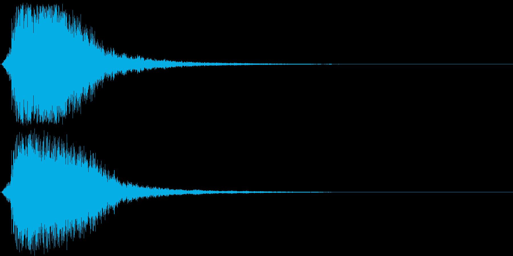 シャキーン(刀や剣、強烈インパクト)3bの再生済みの波形