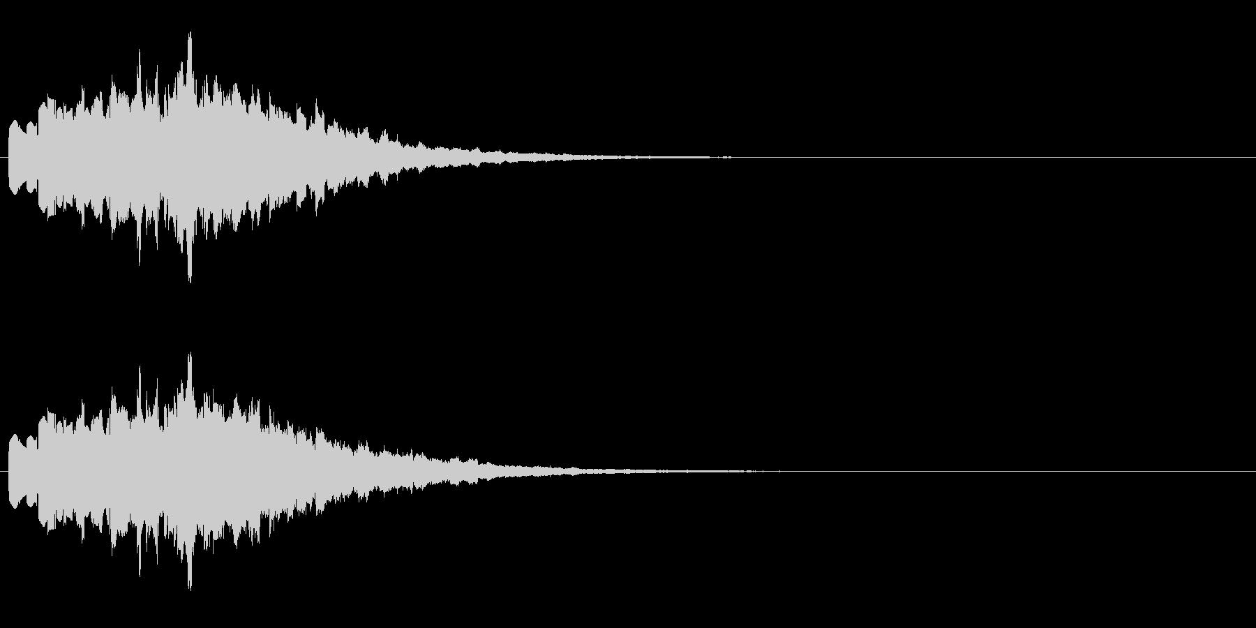 シンセによる広がる音の未再生の波形