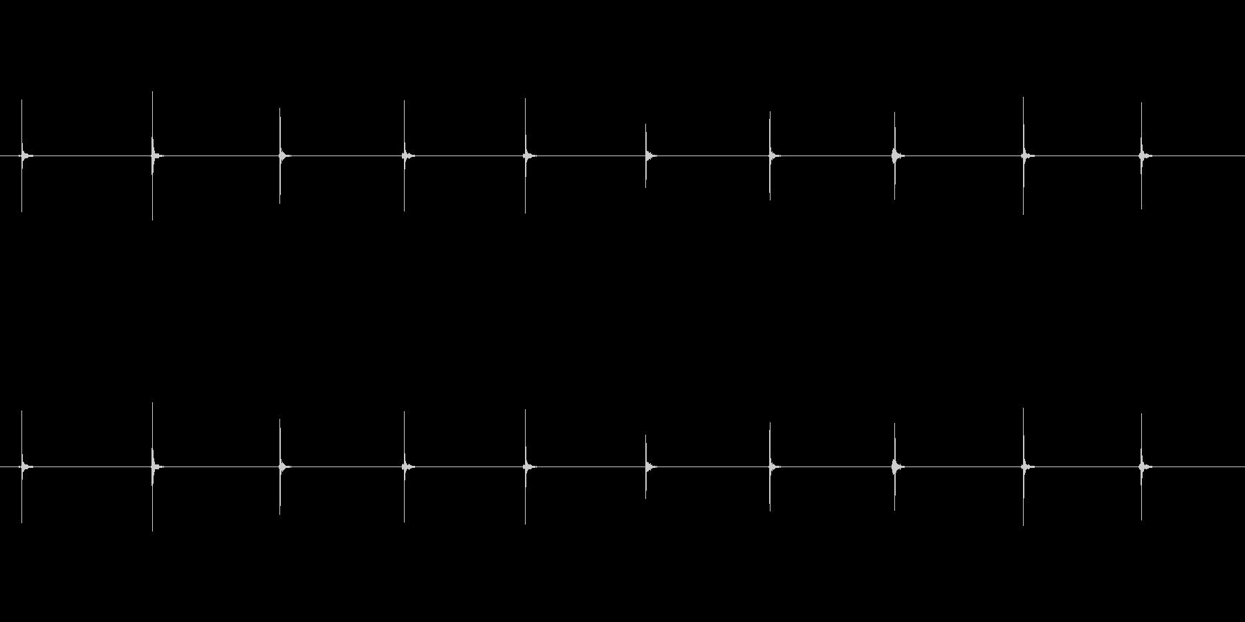 【足音03-3L】の未再生の波形