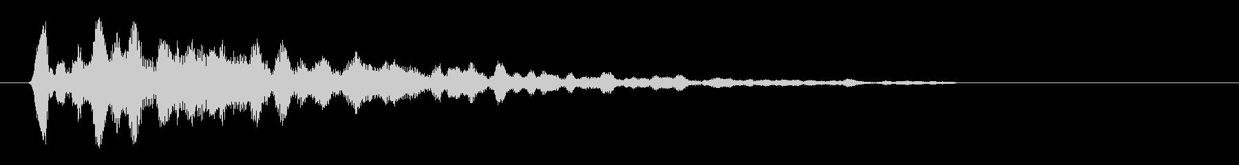 コ〜ン(木材)短めの音の未再生の波形