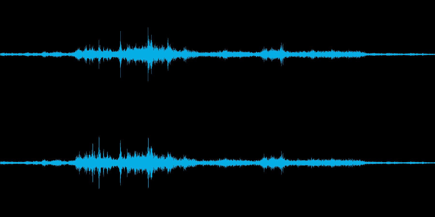 バイノーラル録音戦闘機4の再生済みの波形