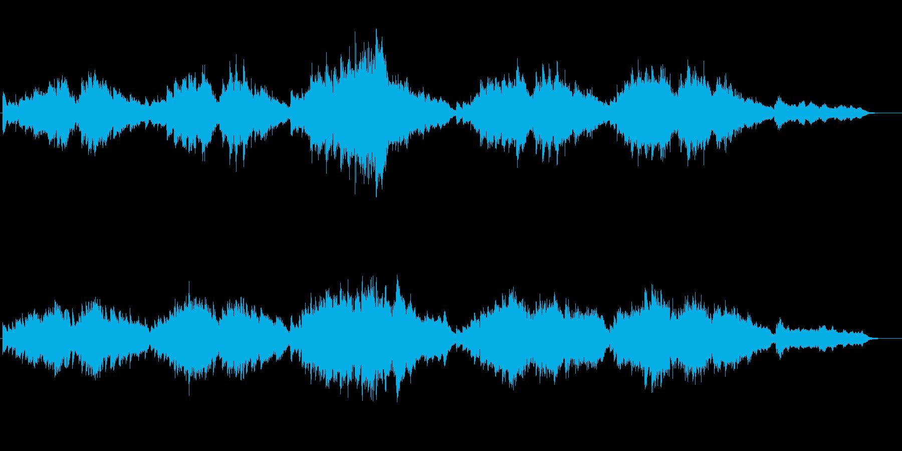 ピアノと弦楽器による美しく壮大な弦楽詩の再生済みの波形