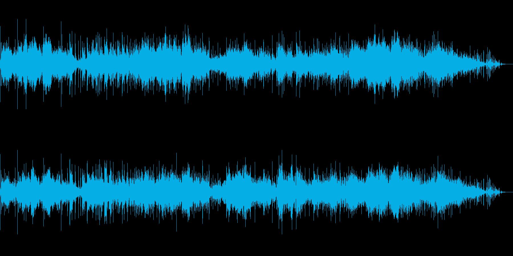 静かに迫るアンビエントなサウンドスケープの再生済みの波形