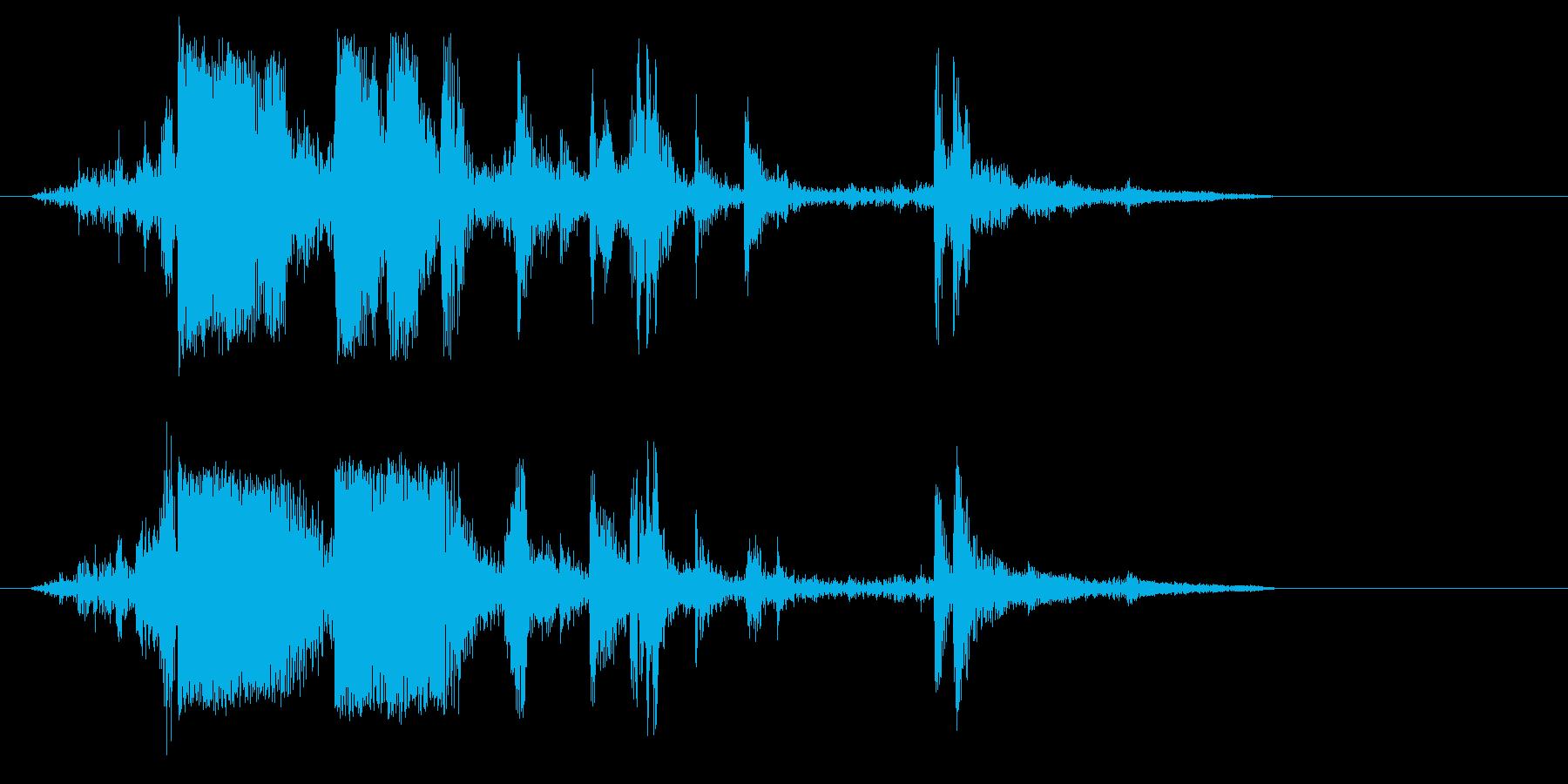 カランッ(グラスに氷を入れる音)の再生済みの波形