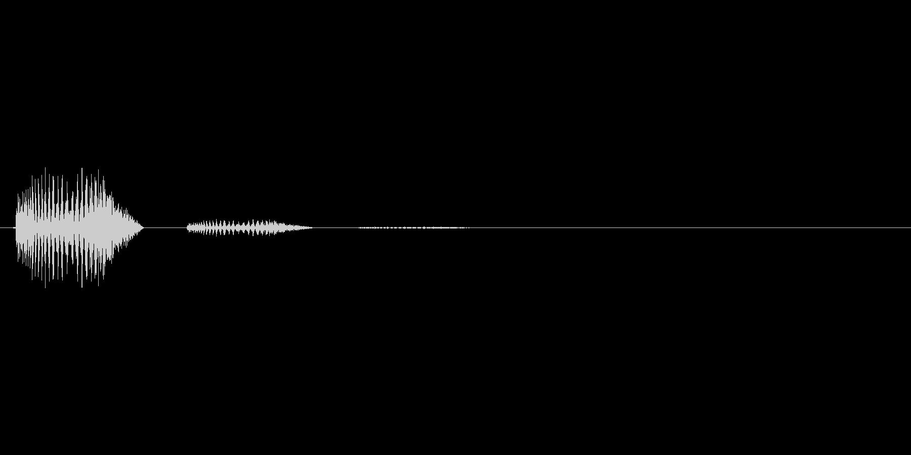 どす。打撃音(残響あり)です。の未再生の波形