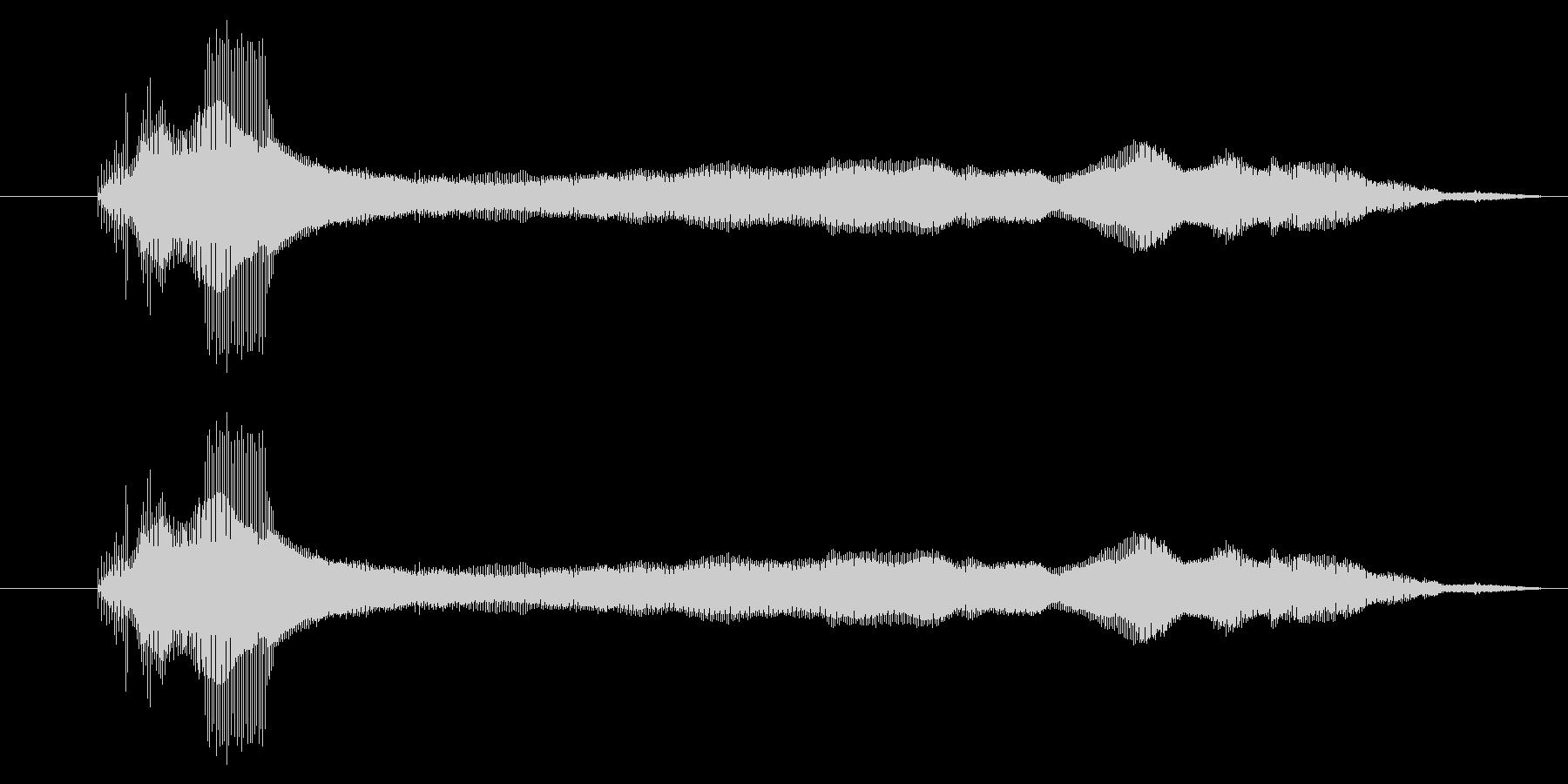 蜂の羽音 ぶーーん ブーンの未再生の波形