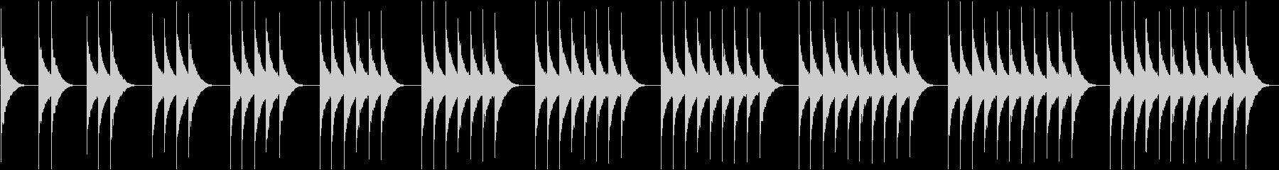(ボーン、ボーン)レトロな柱時計の時報の未再生の波形