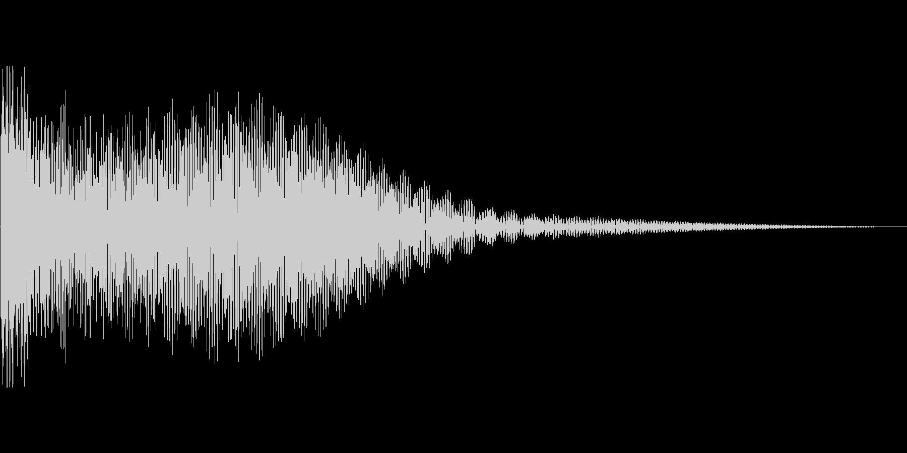 鐘の音。除夜の鐘など。「ゴーン」の未再生の波形