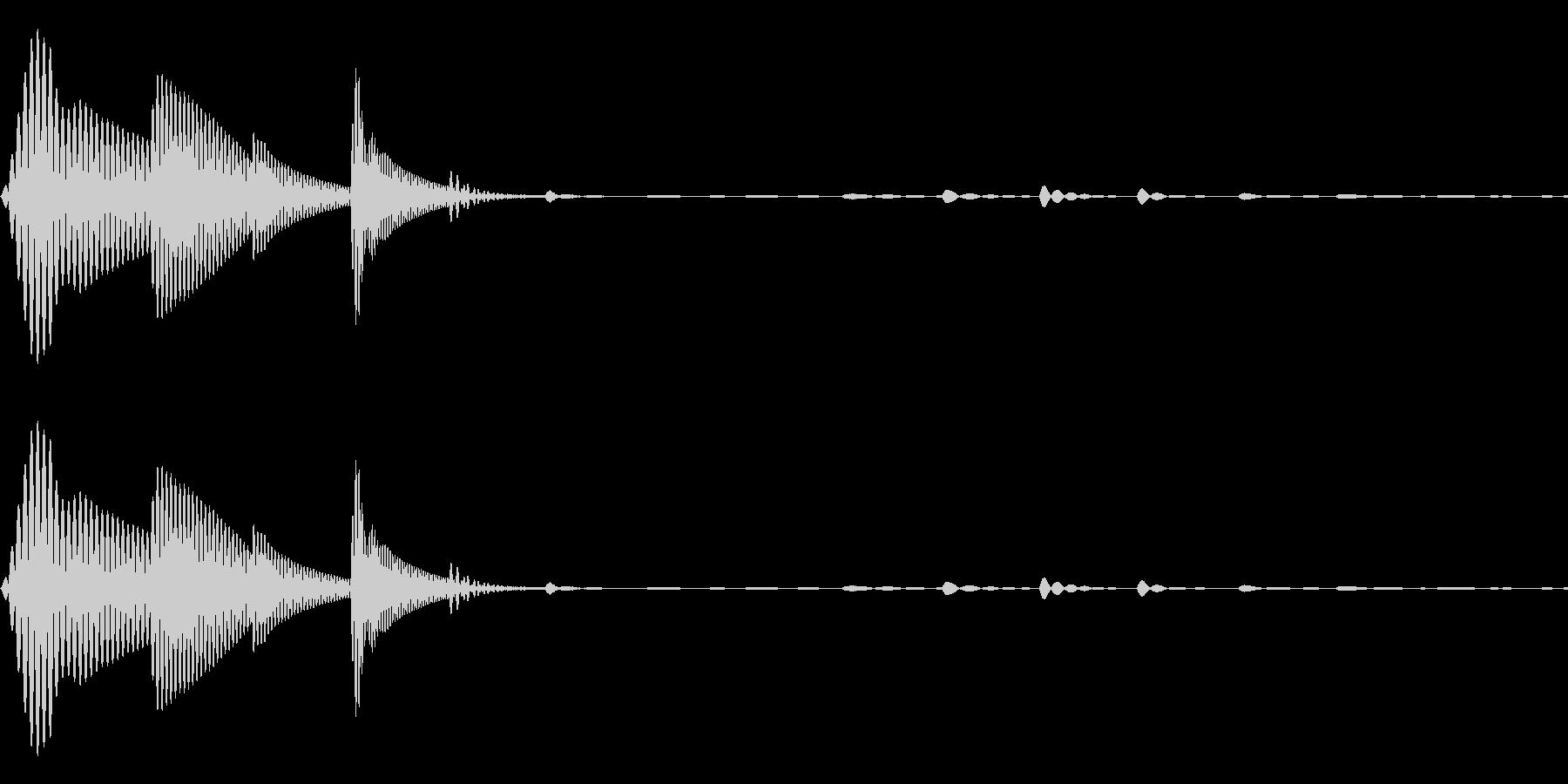 ピトッ(ひっつく・足音・スタンプ)の未再生の波形