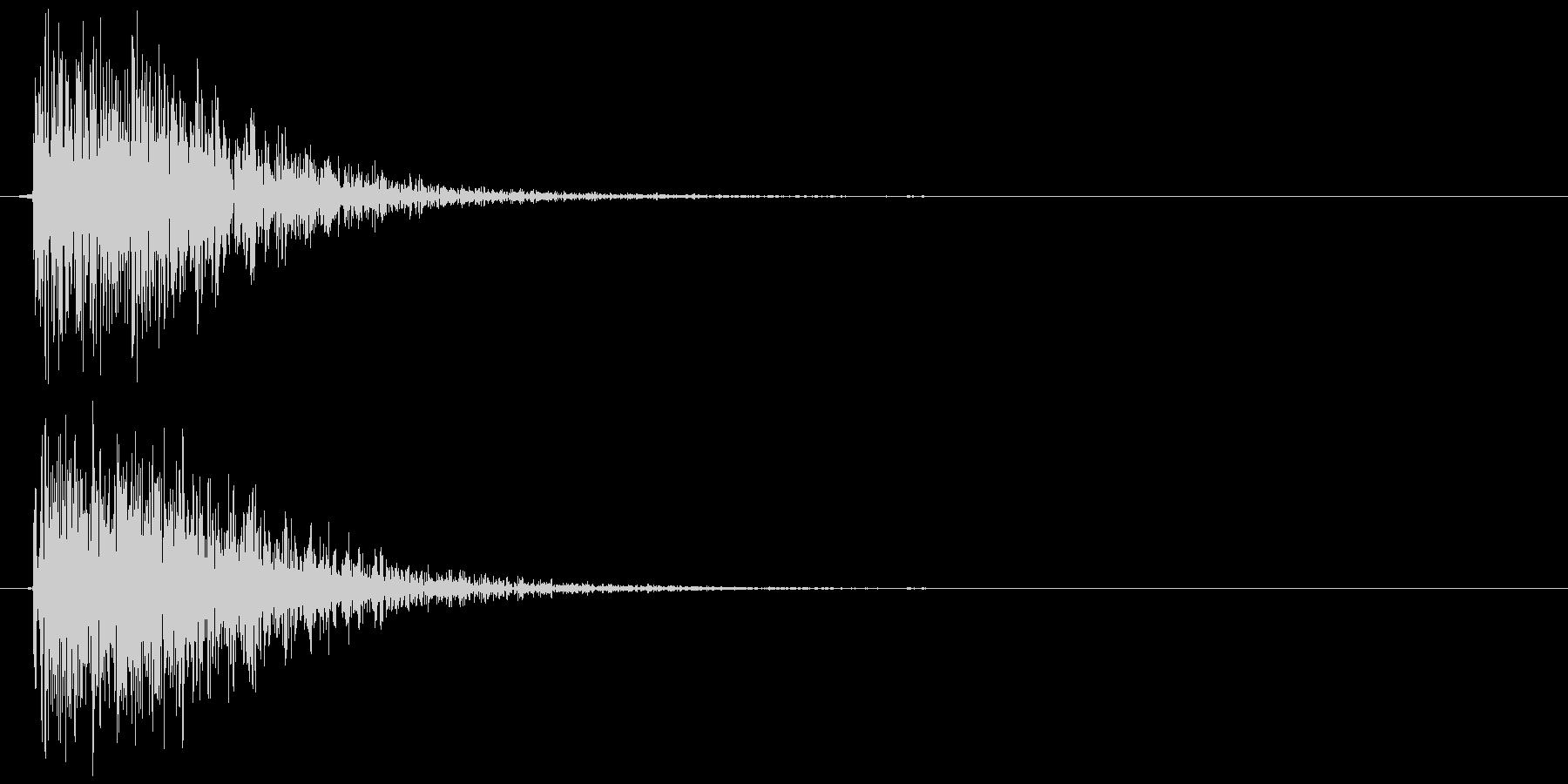 クラッカーの音 パン (リアル風)の未再生の波形