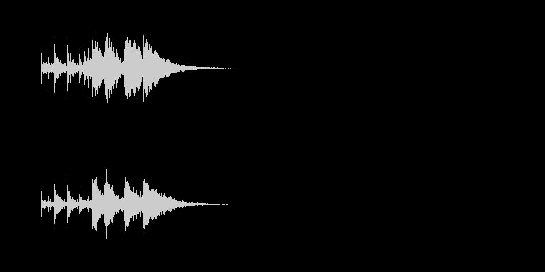 パワフル ドラム 派手 シンセサイザーの未再生の波形