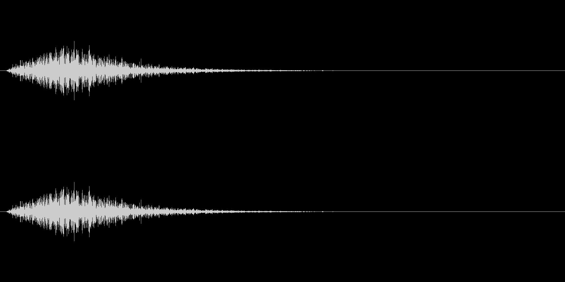 ハリウッド風のタイトル音の未再生の波形