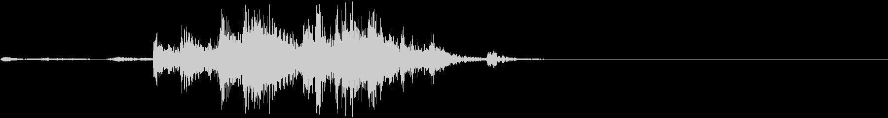 金属製の大きなものが音を立てて壊れる音の未再生の波形