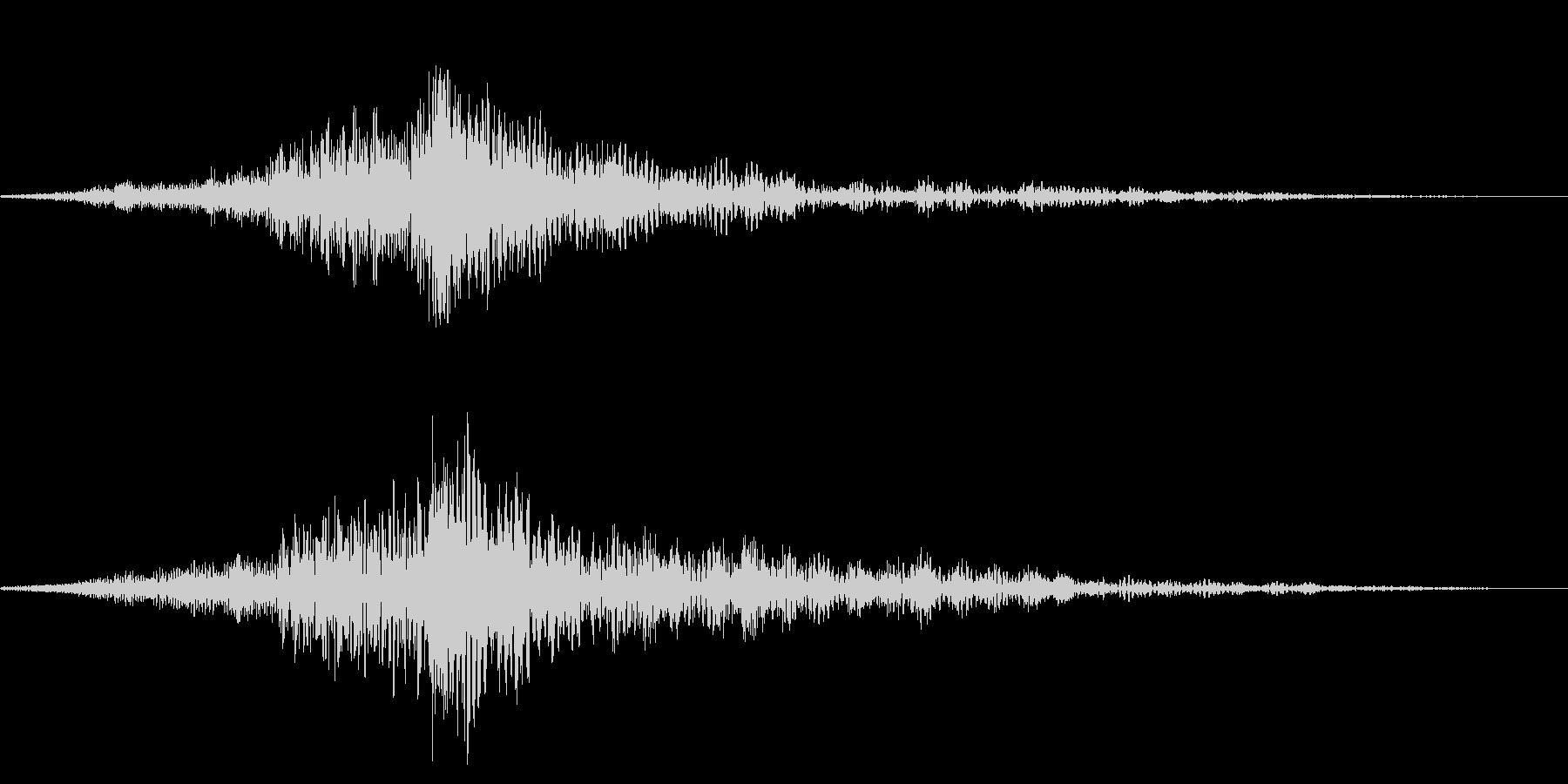 ホラー系アタック音106の未再生の波形