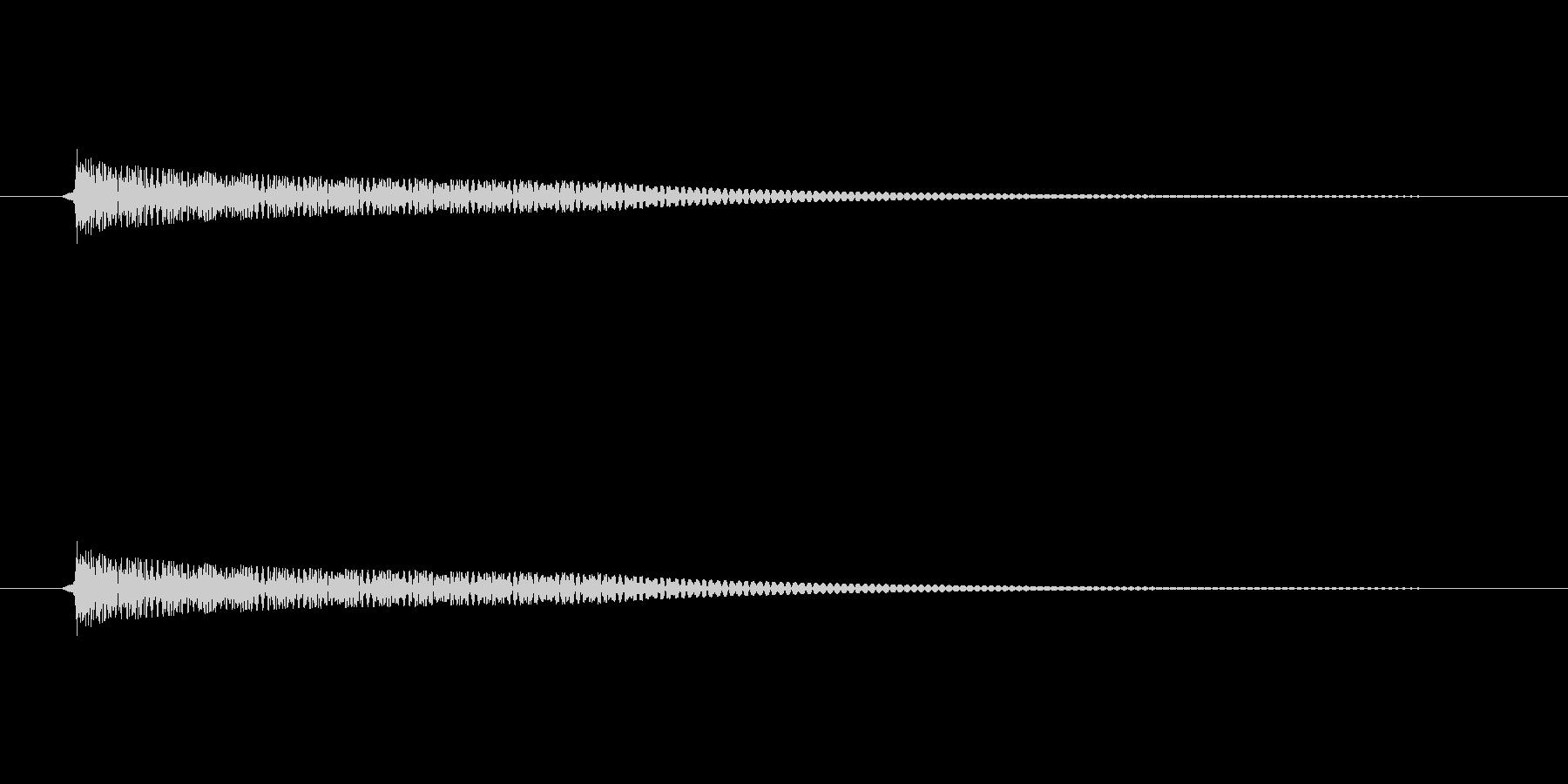 壷(つぼ)を叩いたときのような音の未再生の波形