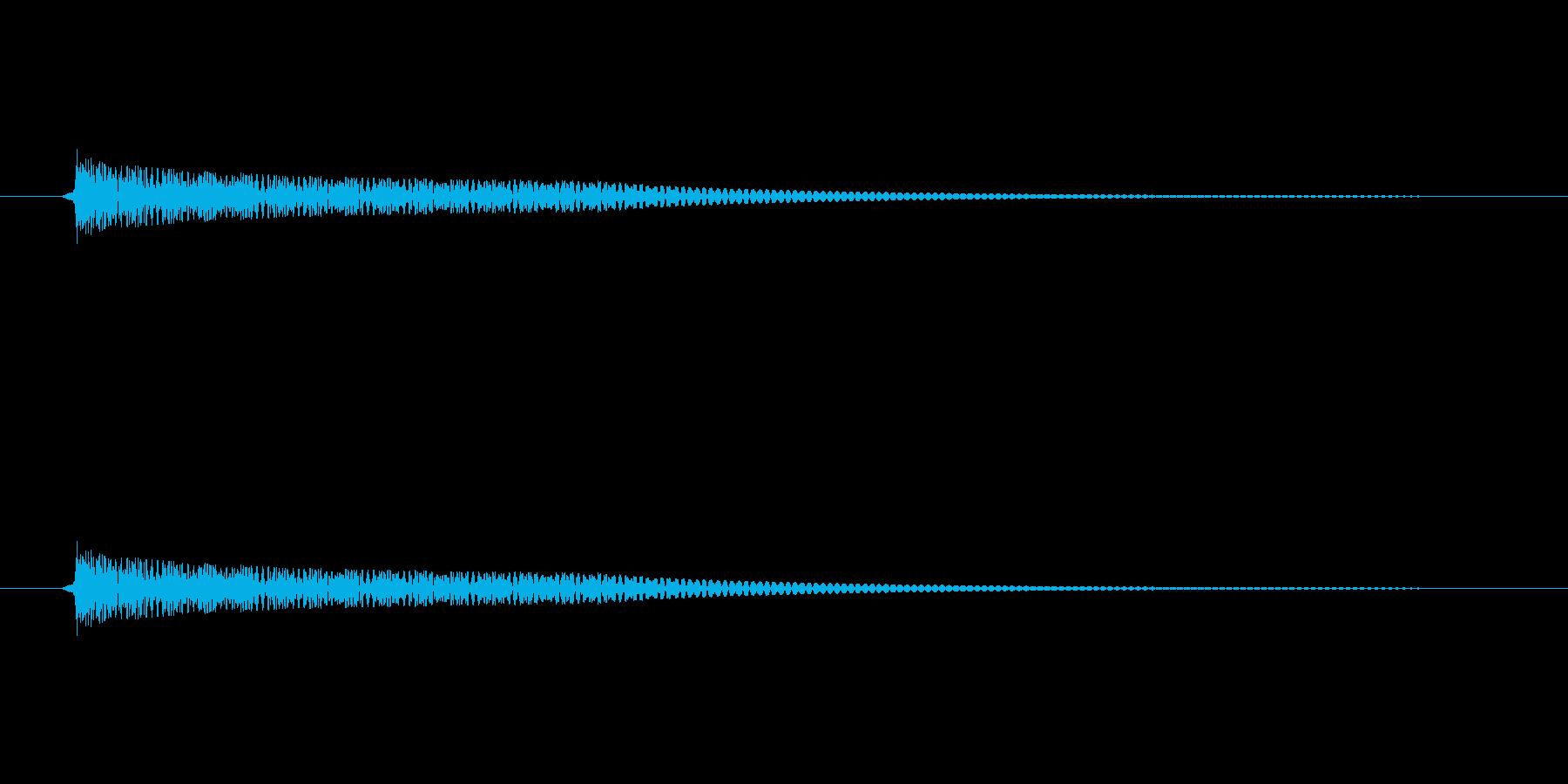 壷(つぼ)を叩いたときのような音の再生済みの波形