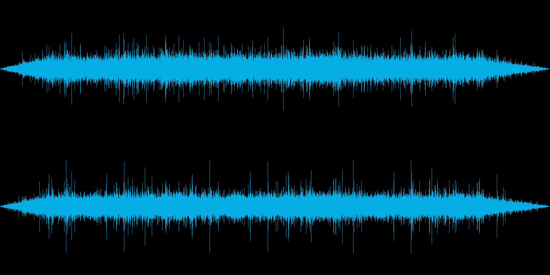 雨 雨音(家、屋根、窓などに当たる音)2の再生済みの波形
