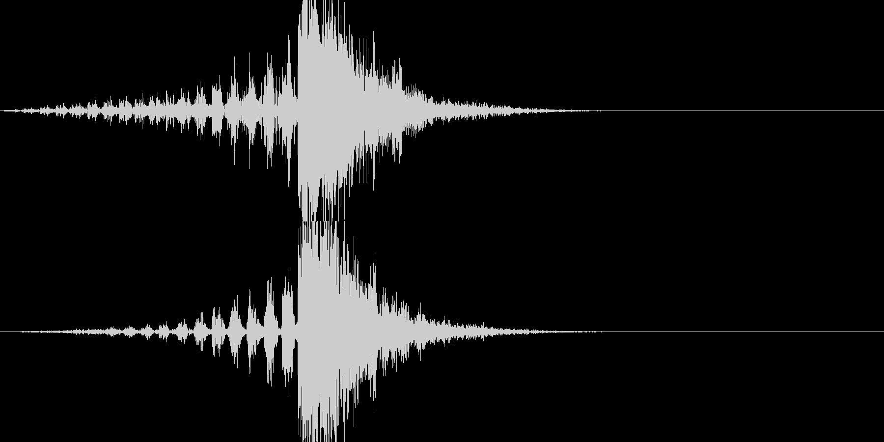 マトリックス的なスローになって動く音の未再生の波形