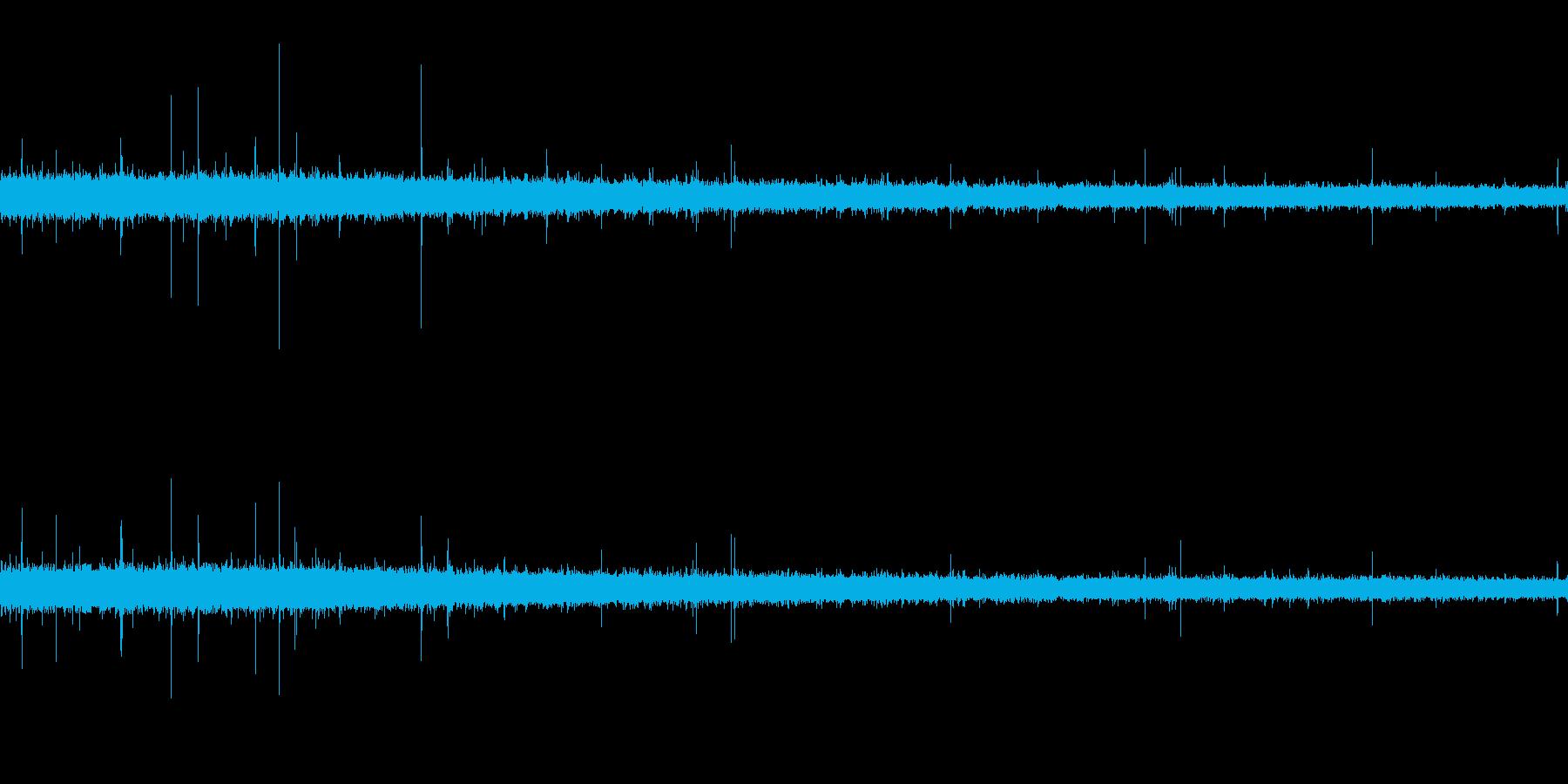 【生音】 梅雨 - 豪雨_23の再生済みの波形