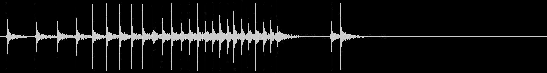 幕の開ける時の和楽器の音の未再生の波形