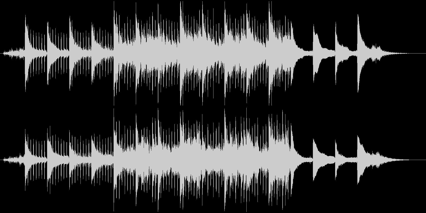 ピアノとSEの軽快なアンビエントの未再生の波形